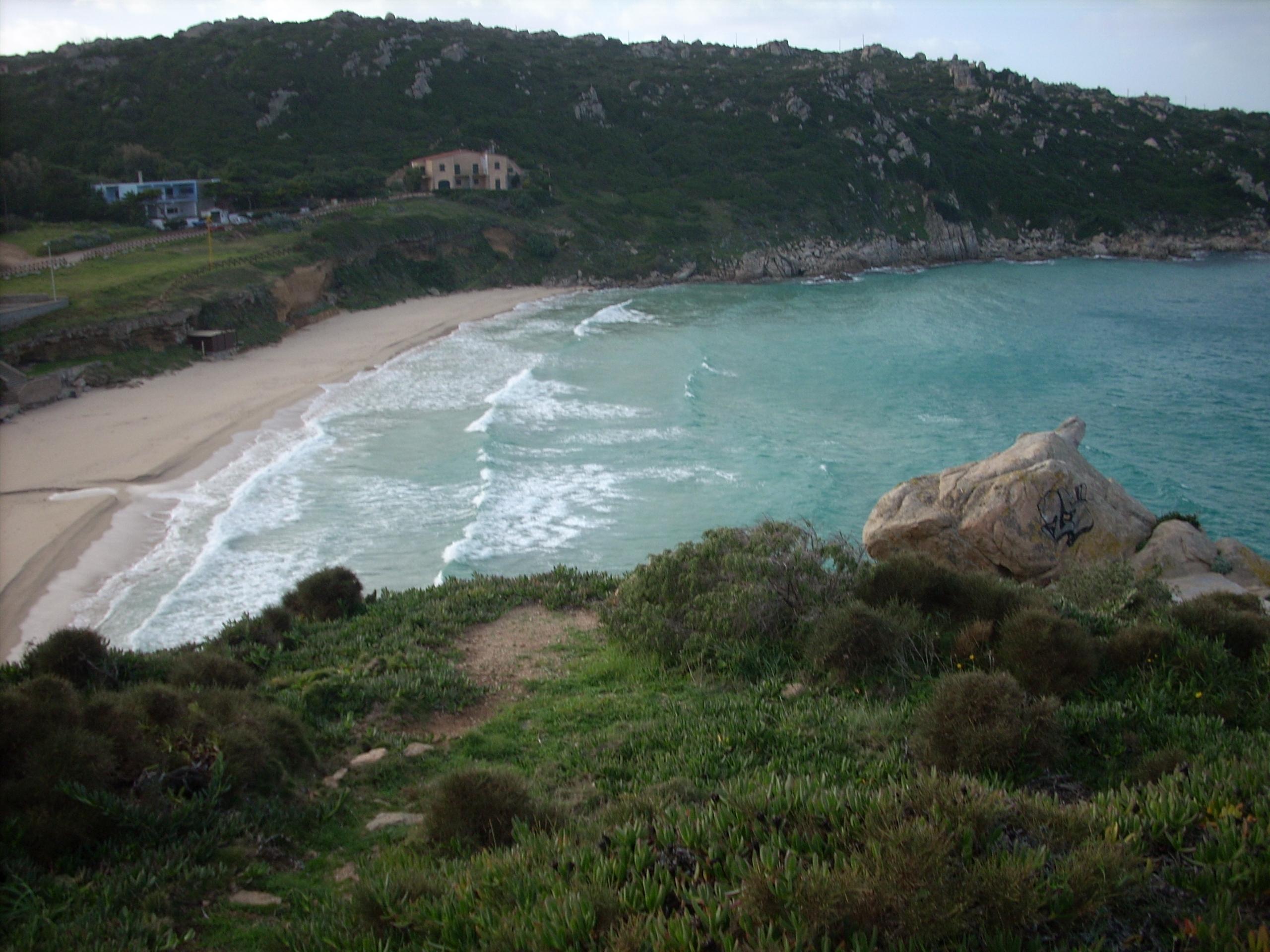 Goletta Verde galleggia estasiata sulle acque del litorale della Sardegna (Italy).