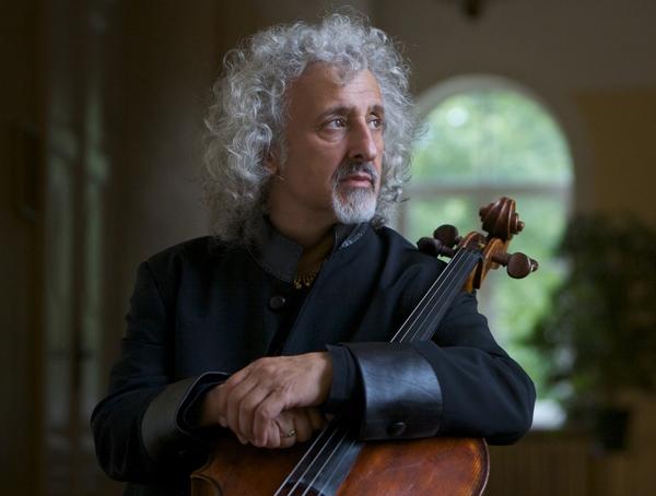 Il violoncello Montagnana di Mischa Maisky per le Suites di Bach.
