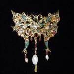 I gioielli di Ornella Maria Vinti, tra minimal e glamour, alla libreria Pagine e caffè