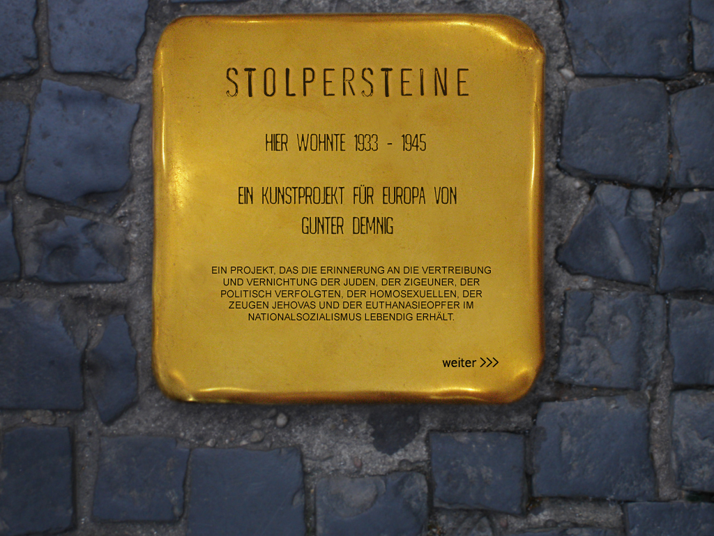 """Stolpersteine"" di Gunter Demning per ""inciampare"" nella memoria."