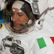 Parmitanantropo, l'italiano che vola alto nel nuovo millennio.