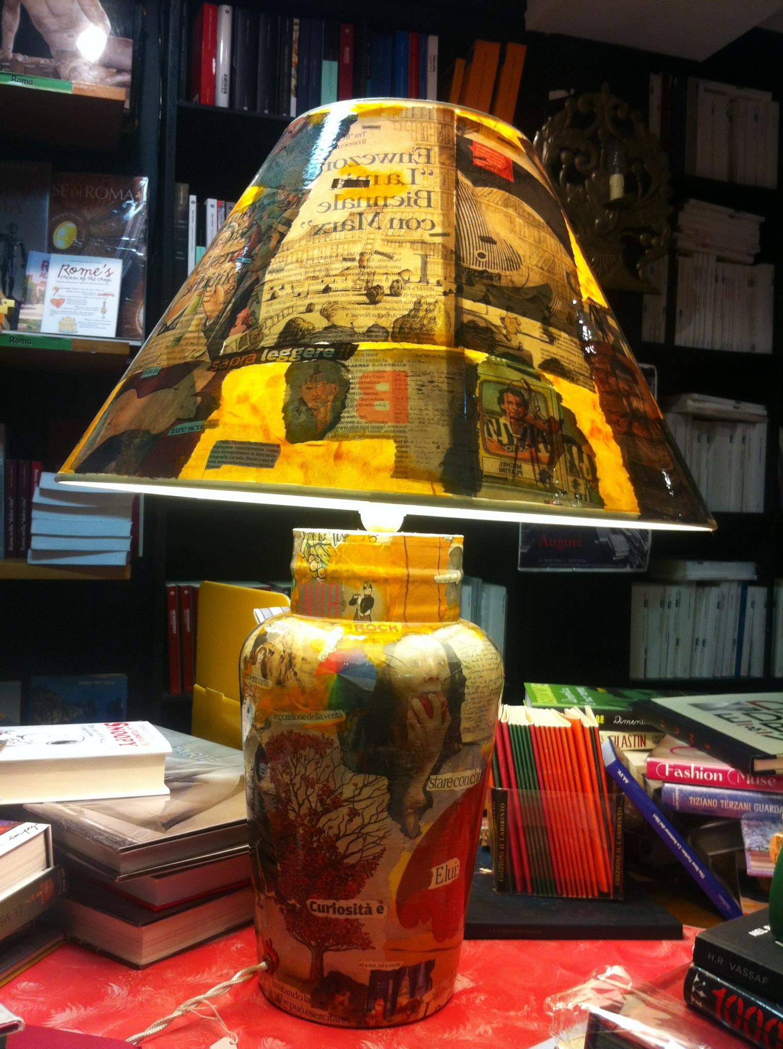 Fiat Lux con lampade dadaiste di Gianfranco Albano